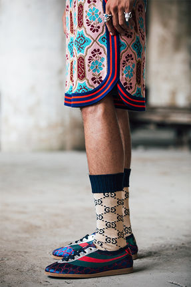 Ngày càng bạo, Gucci đem thổ cẩm côn trùng rải đầy bộ sưu tập mới