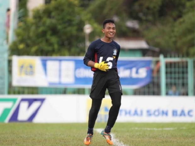 Thủ môn làm rơi bóng khiến U18 Việt Nam bị loại là ai?