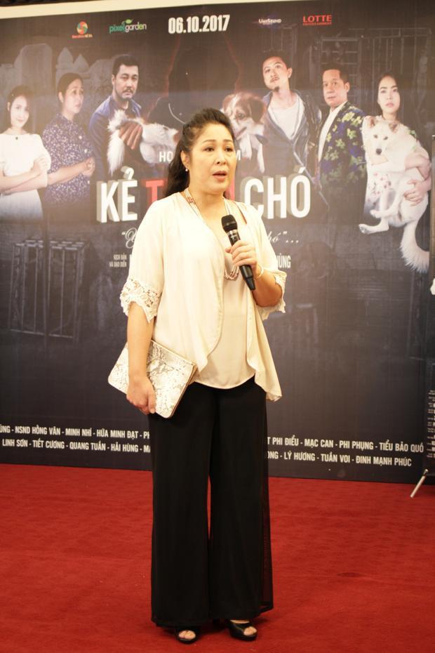 Nghệ sĩ Hồng Vân tiết lộ, cô tham gia trong phim vì quý mến đạo diễn Ngụy Minh Khang và những hoài bão của anh.
