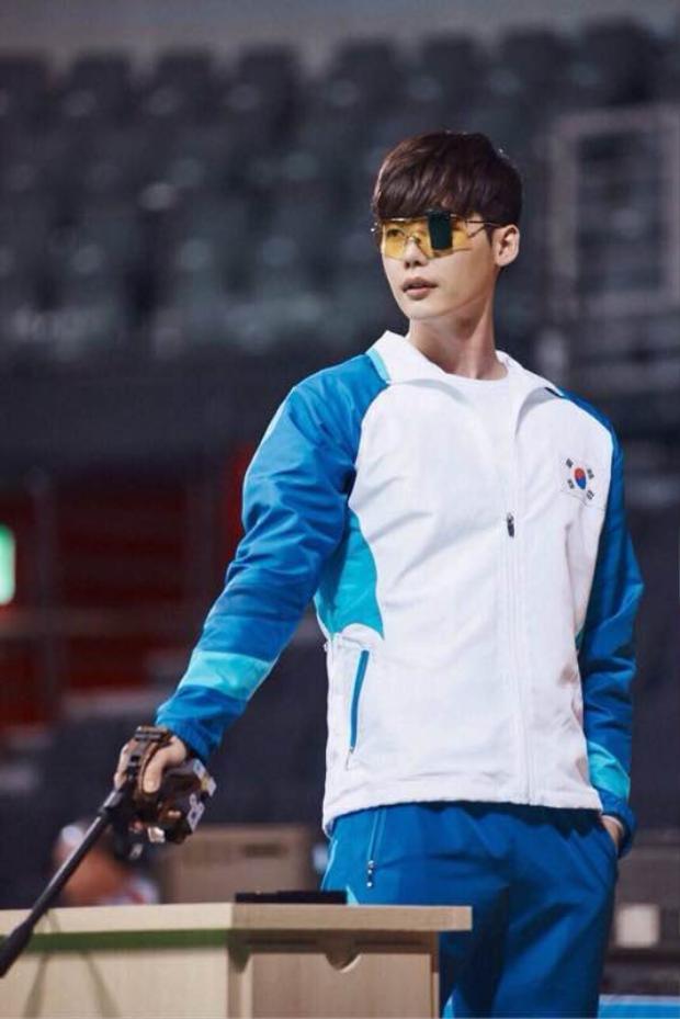 Lee Jong Suk: Chàng trai của những bộ phim bom tấn xứ Hàn