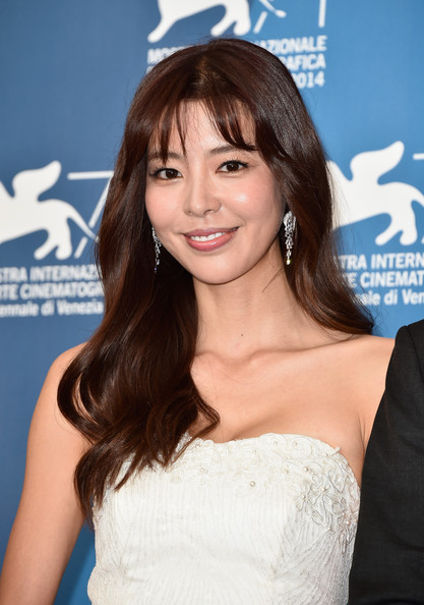Lee Jun Ki từng bị liệt vào danh sách cấm vận vì mang tư tưởng chống đối chính phủ Hàn Quốc