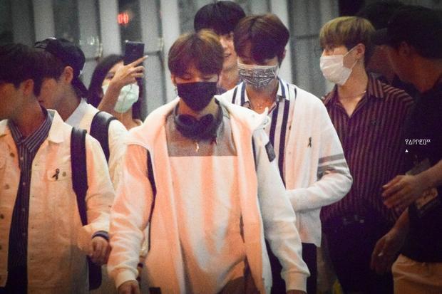 Sân bay  ác mộng của thần tượng: Wanna One tiếp tục bị giày vò tại Thái Lan sau chưa đầy một tháng kinh hoàng ở Hàn Quốc