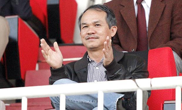 Bị bầu Đức mắng, HLV Hoàng Anh Tuấn bất ngờ khóa facebook