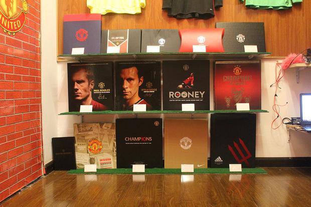 Bộ sưu tập các hộp áo (chỉ sản xuất số lượng có giới hạn).