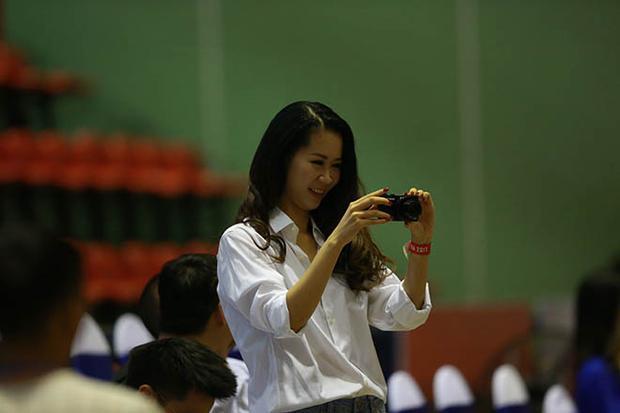 Sự hiện diện của những người nổi tiếng dường như đang tiếp thêm sức mạnh giúp Hanoi Buffaloes khởi đầu tốt đẹp tại mùa thứ 2 của giải bóng rổ nhà nghề Việt Nam - VBA 2017.