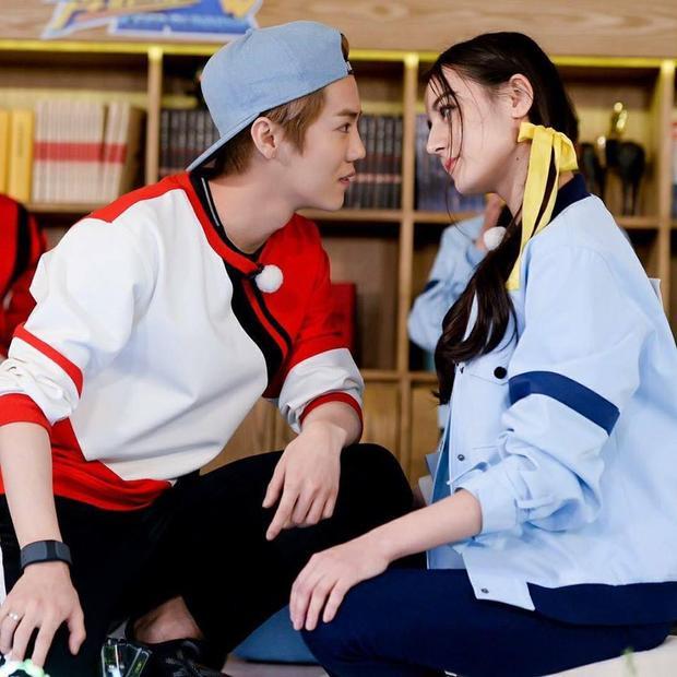 Địch Lệ Nhiệt Ba và Lộc Hàm được cho là sẽ là hai diễn viên thay thế Hoắc Kiến Hoa và Triệu Lệ Dĩnh