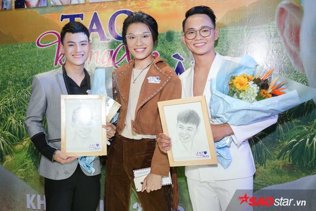Anh Tú, Châu Trọng Tài cùng Quang Trung.