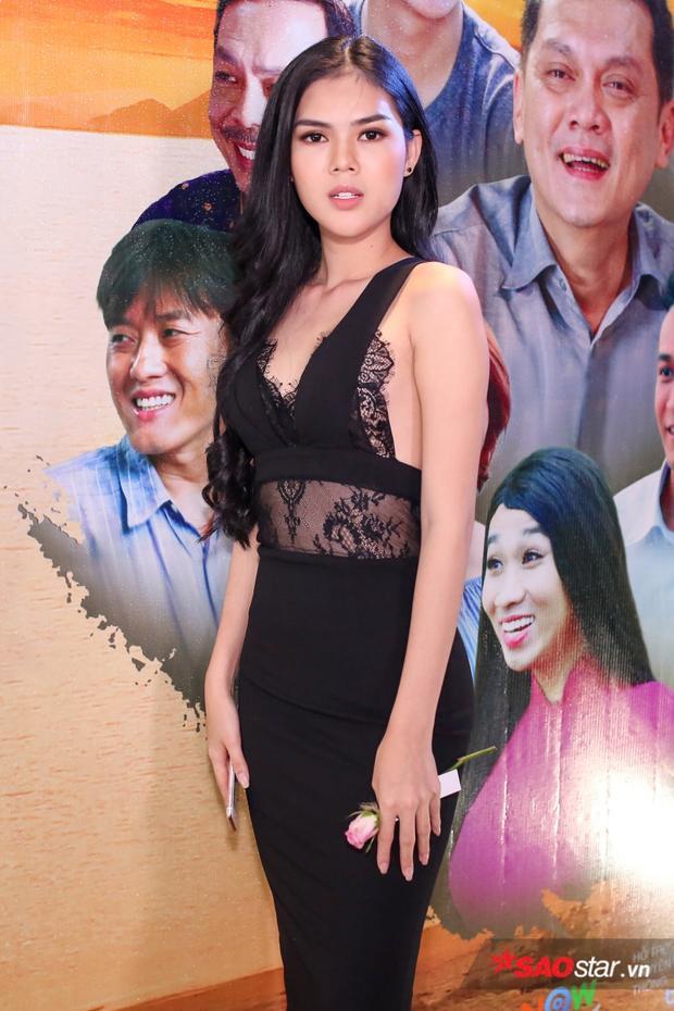 Người mẫu Lê Ngọc Trinh.