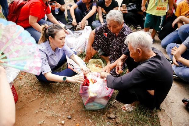 Sau chuyến từ thiện tại Bến Tre, Mỹ Tâm cùng quỹ từ thiện do cô sáng lập sẽ tiếp tục có chuyến thăm bà con nghèo tại Tam Kỳ - Quảng Nam trong thời gian tới.