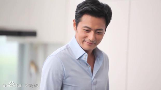 Jang Dong Gun trở lại màn ảnh nhỏ sau 5 năm cùng Park Hyung Sik với Suits phiên bản Hàn