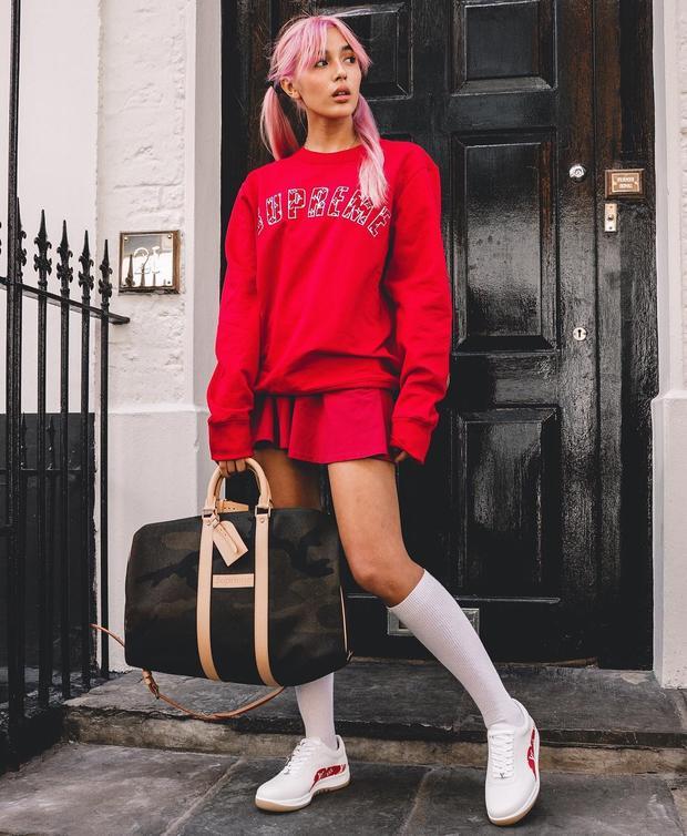 Phong cách thời trang thường ngày của nữ fashionista luôn mê hoặc các tín đồ thời trang đường phố bởi vẻ phóng khoáng, nặng động và cá tính.
