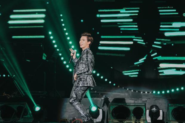 Sau khi kết thúc các hoạt động nằm trong khuôn khổ Asia Song Festival 2017, Erik sẽ tiến hành quay MV Tận cùng nỗi đau tại Hàn Quốc. Đây là một sáng tác của nhạc sĩ Mr Siro, sẽ được nam ca sĩ phát hành vào dịp cuối năm.