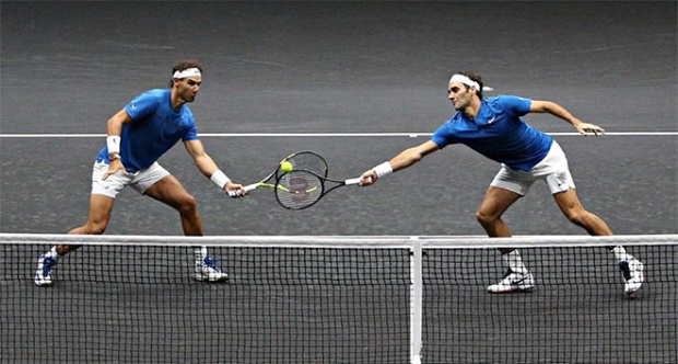 Roger Federer và Rafael Nadal thắng nhọc nhằn trong lần đầu đánh cặp cùng nhau