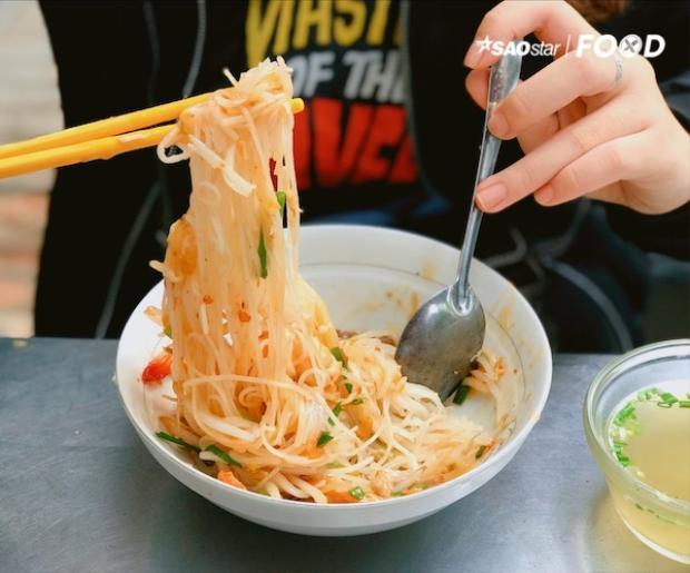 Có một nơi vẫn giữ được hương vị của ẩm thực Sài Gòn qua năm tháng, hủ tiếu cua Thanh Xuân