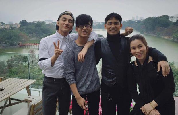 Khoảnh khắc hạnh phúc bên gia đình của Sơn Tùng M-TP.