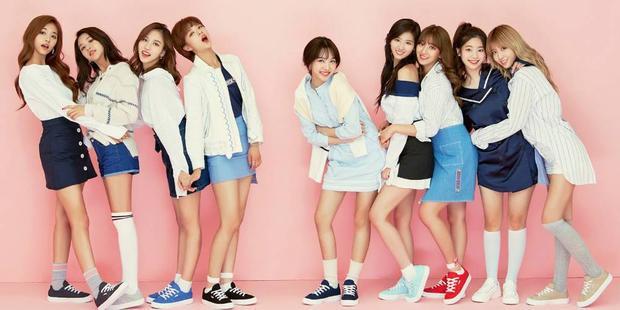 Mặc dù bận rộn với lịch trình quảng bá cho album debut tiếng Nhật #TWICE, các cô nàng vẫn chăm chỉ gửi tặng người hâm mộ Hàn Quốc một ca khúc mới trong thời gian sớm nhất.