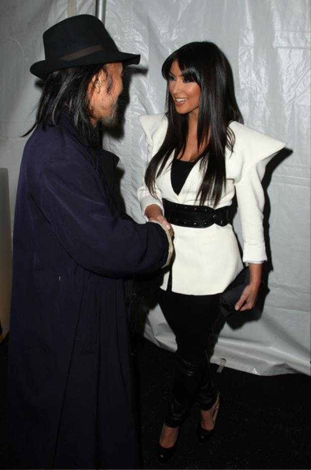 Ngay cả cô nàng Kim Kardashian cũng là fan của NTK.