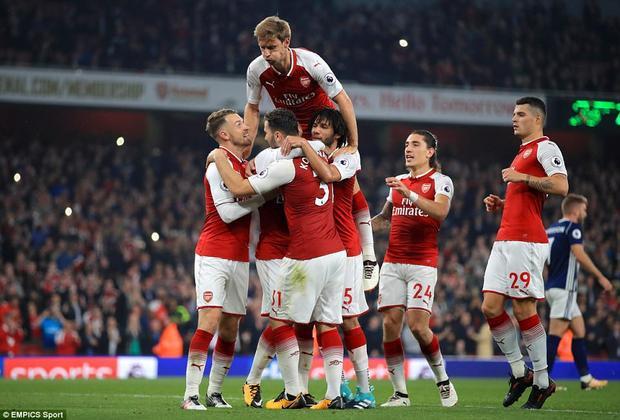 Sau 90 phút trên sân Emirates, Arsenal cũng có được cái mà mình muốn với chiến thắng 2-0 theo cách tương đối vất vả.