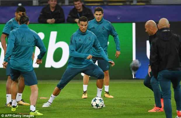 Tiền đạo người Bồ Đào Nha hiện không có được phong độ tốt ở La Liga. Chính vì thế, sân chơi châu lục chính là nơi CR7 có thể tìm lại niềm vui ghi bàn.