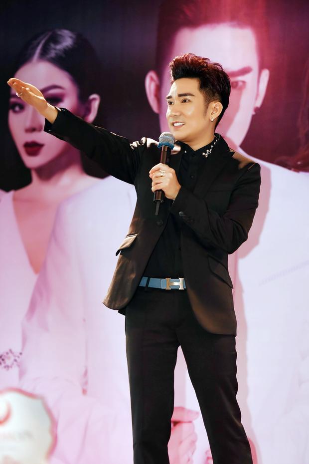 Nam ca sĩ Quang Hà