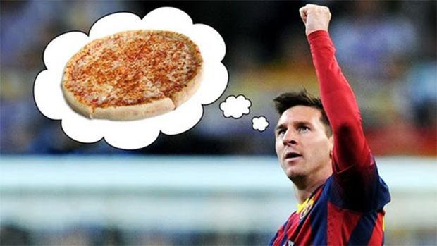 Messi rất mê món pizza.