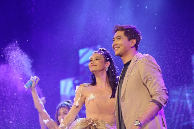 Chương trình còn có sự góp mặt của cặp đôi Tim - Trương Quỳnh Anh.