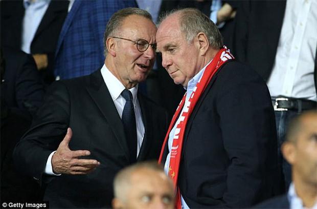 CEO Karl-Heinz Rummenigge vừa than thở Bayern này đâu còn là Bayern.
