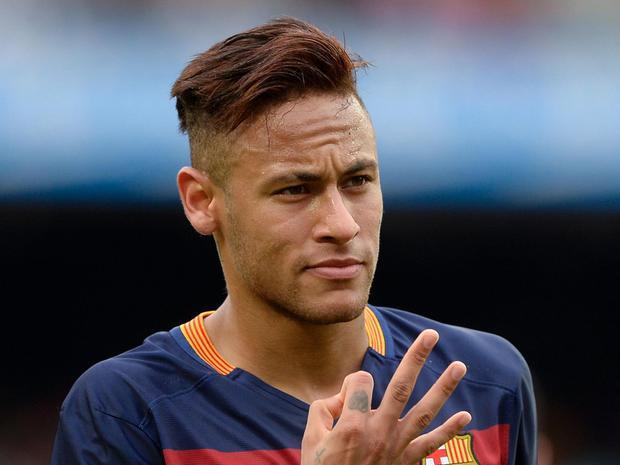 Giữa lùm xùm với Tâm Tít, Maya khiến fan phát sốt khi khoe ảnh chụp cùng siêu sao bóng đá Neymar