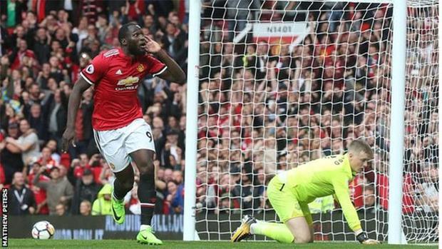 Man Utd quá mạnh so với đội khách.