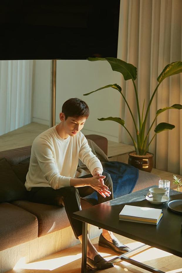 Khắc hẳn Yunho, Changmin nhẹ nhàng bất ngờ trong bản ballad do chính anh chắp bút