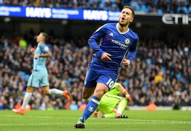 Hazard ghi tới 3 bàn qua 2 trận gặp Man City mùa trước.