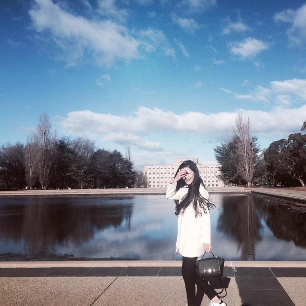 Nữ sinh 17 tuổi Quảng Bình gây xôn xao hội Rich Kids vì vừa giàu, vừa đẹp