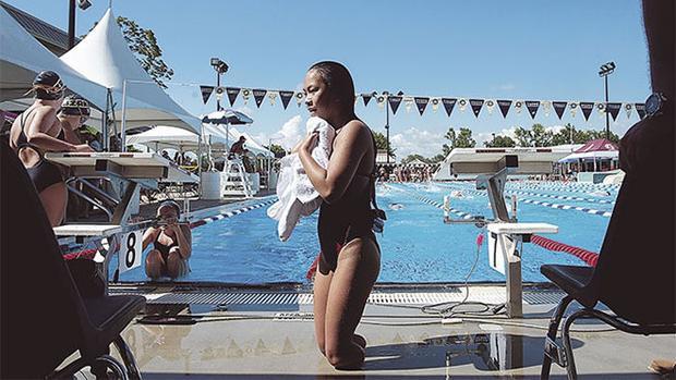 Haven được đưa vào chương trình huấn luyện đặc biệt của làng bơi Mỹ.