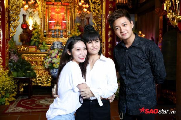 Cặp đôi Ngô Kiến Huy và Khổng Tú Quỳnh cũng có mặt tại đền thờ Tổ 100 tỷ của Hoài Linh.