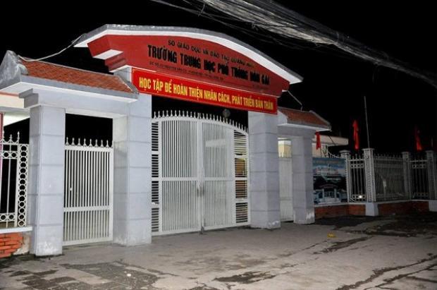 Trường THPT Hòn Gai, nơi xảy ra vụ tai nạn đau lòng.