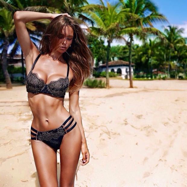 Lilia Ermak, người mẫu nóng bỏng người Nga mới từ chối Ronaldo?