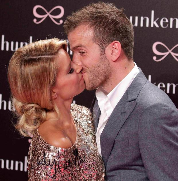 Van der Vaart và Meis đã chia tay sau 10 năm chung sống.
