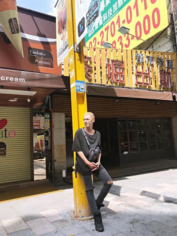 Nhân dịp này, cả 2 cũng có chuyến du lịch tham quan Đài Loan xinh đẹp, tìm cảm hứng cho âm nhạc sắp tới.