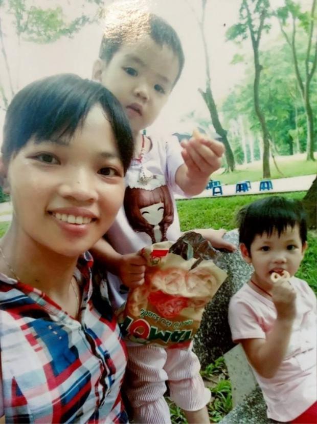 Hình ảnh vợ và hai con gái anh Hân.