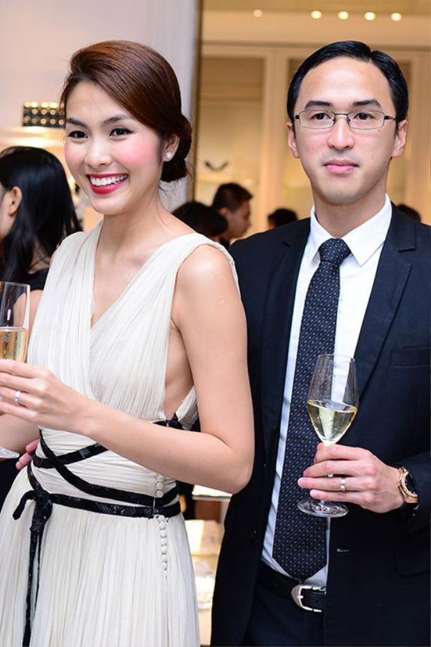 """Vốn sở hữu thân hình cao ráo, cân đôi cùng gương mặt khá """"ngoại quốc"""" bởi mang 2 dòng máu, Louis Nguyễn luôn bảnh bao trong mọi hoàn cảnh khi diện vest."""