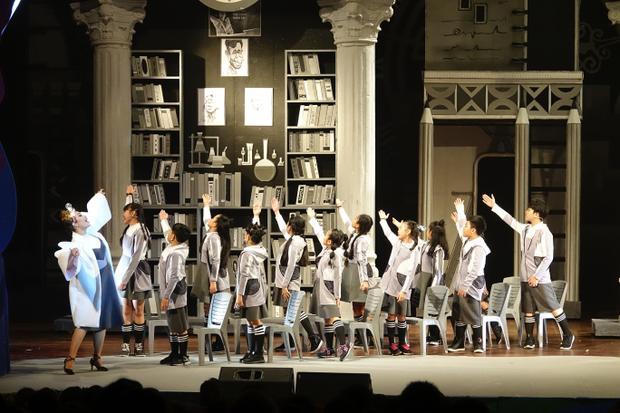 Siêu mẫu Xuân Lan, Diệu Nhi hào hứng cổ vũ vở nhạc kịch bom tấn dành cho thiếu nhi