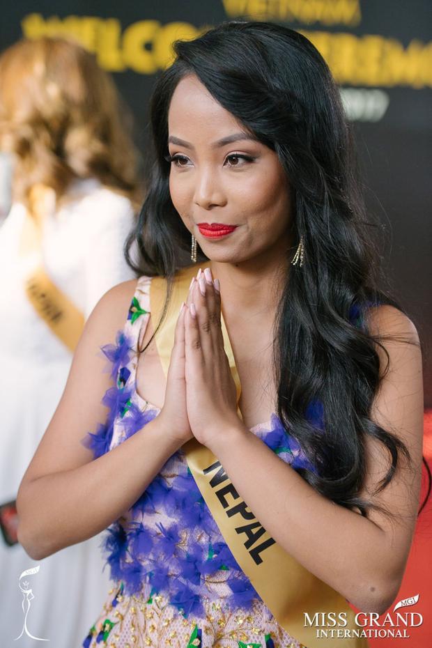 Chán nản trước nhan sắc răng hô, thừa mỡ của loạt thí sinh Miss Grand International
