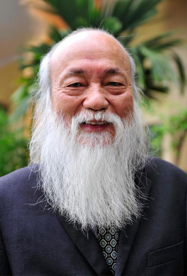 Hình ảnh thầy Văn Như Cương.