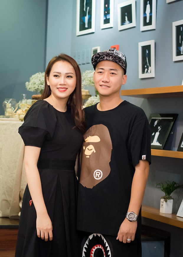Siêu mẫu Việt Nam cho biết cô cảm thấy rất hạnh phúc khi nhận được sự ủng hộ hết mình từ ông xã khi quyết định kinh doanh.