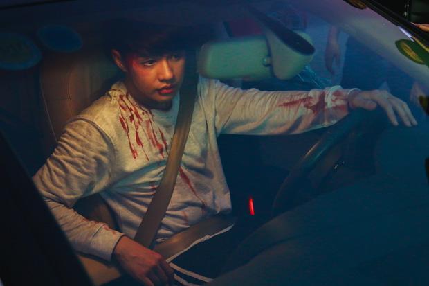 """Và dù chỉ mới 26 giây teaser được bật mí, nhưng sản phẩm này được mong đợi là """"bom tấn"""" của Vpop tháng 10.Chờ xem MV Chạm khẽ tim anh một chút thôiphát hành vào ngày 12/10."""