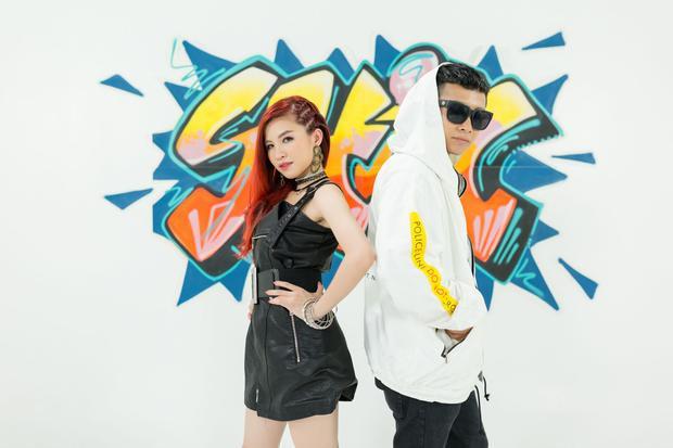Shin Hồng Vịnh lần đầu tiên hợp tác với 1 rapper trẻ tuổi Ricky Star trong ca khúc này.