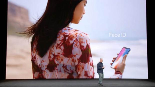 Các thiết bị mới của Apple có được tích hợp Face ID hay không còn tùy thuộc vào sự thể hiện của iPhone X lần này.