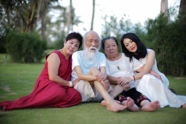 Những giây phút bình yên của nhà giáo nổi tiếng. Ảnh: FB cô Thùy Dương.