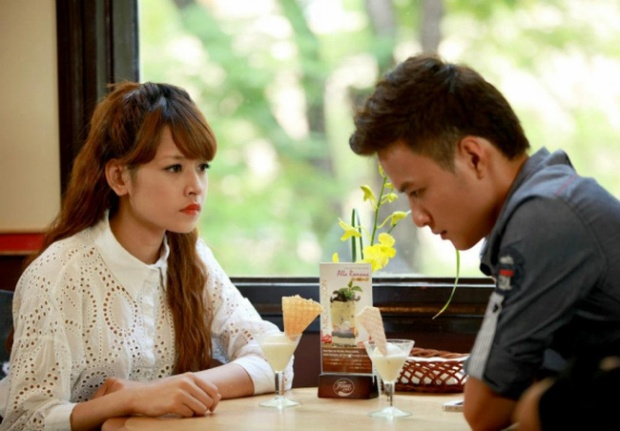 Giọt nước rơi - tác phẩm đóng cặp cùng Hồng Đăng là một trong những bộ phim không gây được tiếng vang như mong đợi của Chi Pu.