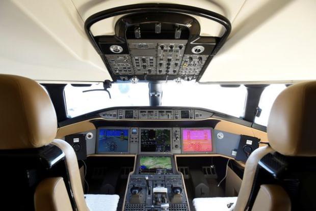 Thậm chí các phi công cũng có thể tận hưởng sự sang chảnh này khi điều khiển chiếc máy bay.